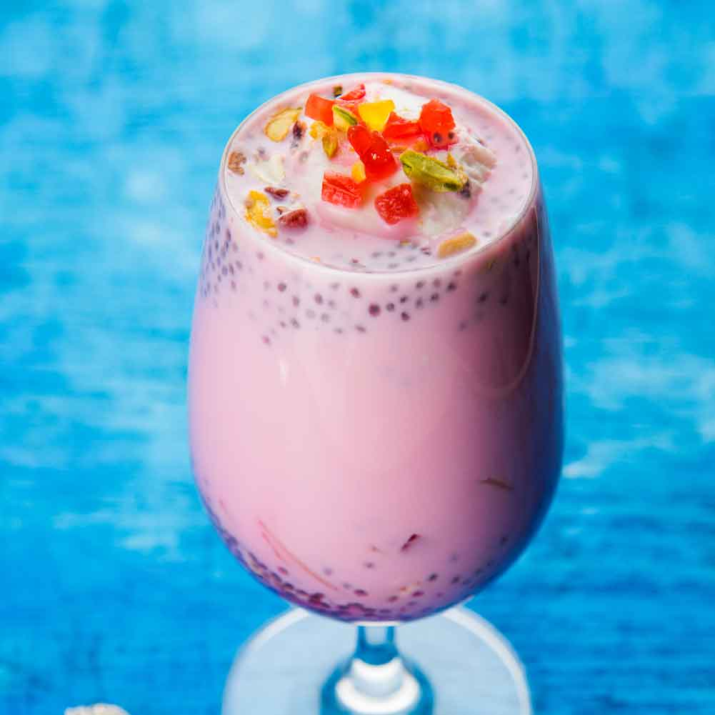 Weikfield Falooda Dish with Ice Cream & Toppings served in Glass